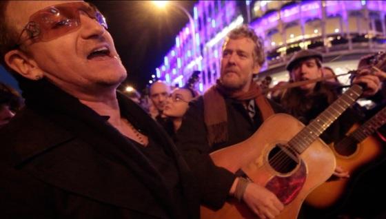 Bono and Glen Hansard Busking